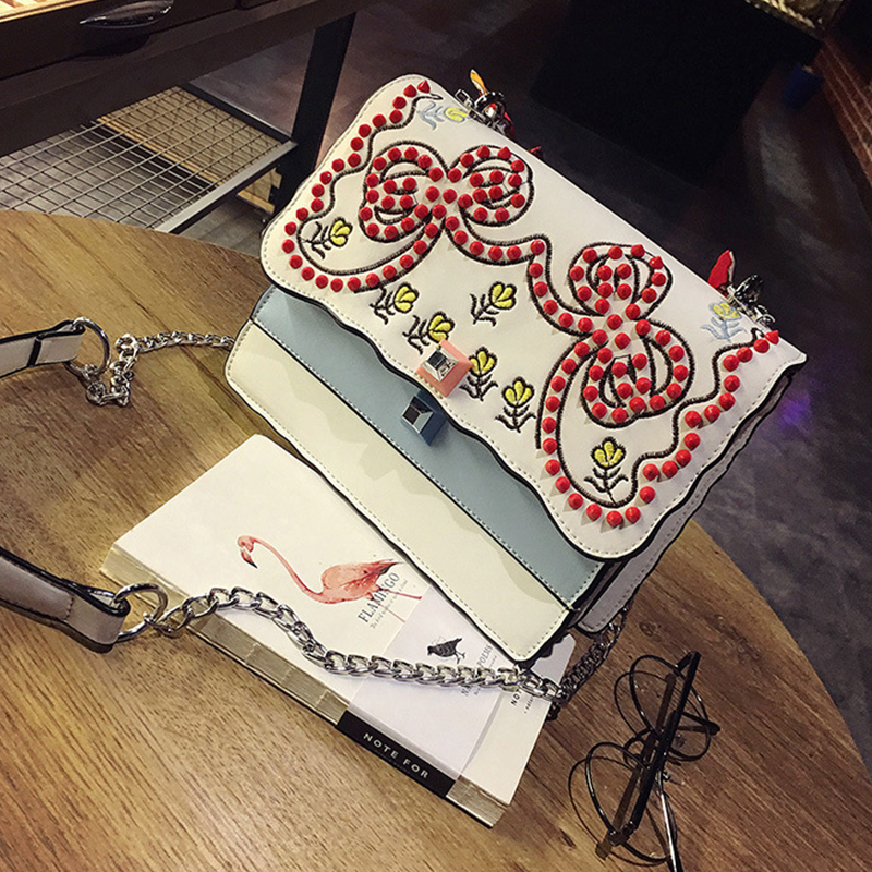 Retro Embroidered Design White PU Crossbody Bag<br>