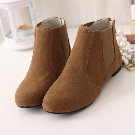 Corean Round Toe Flat Low Heel Brown Suede Short Cavalier Boots