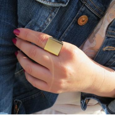 Cheap Fashion Square Shaped Gold Metal Ring