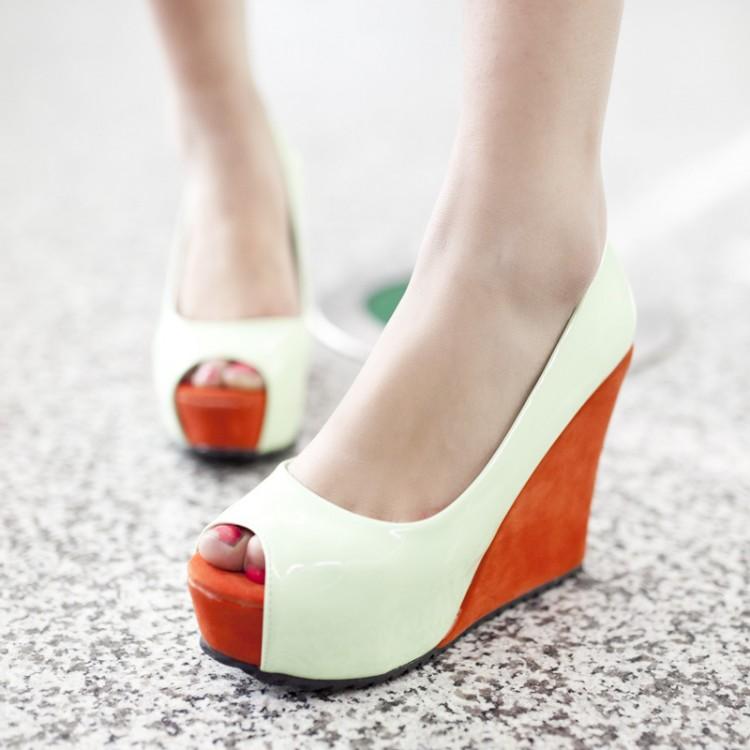 Fashion Round Peep Toe Super High Wedges Green PU Pumps