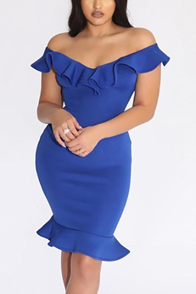 Charismatische V-Ausschnitt Kurzarm Falbala Design Blau Polyester Knielänge Kleid