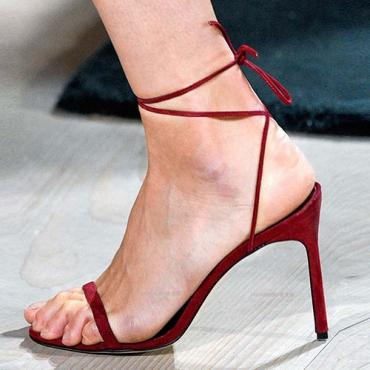 Moda Pointe Toe Lace-up Oca-out Super High Heel Vermelho camurça tornozeleira Sandálias