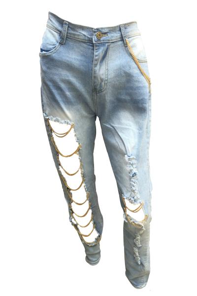 Pantalones Vaqueros Azules Claros De La Cintura Media De Los Agujeros De La Manera