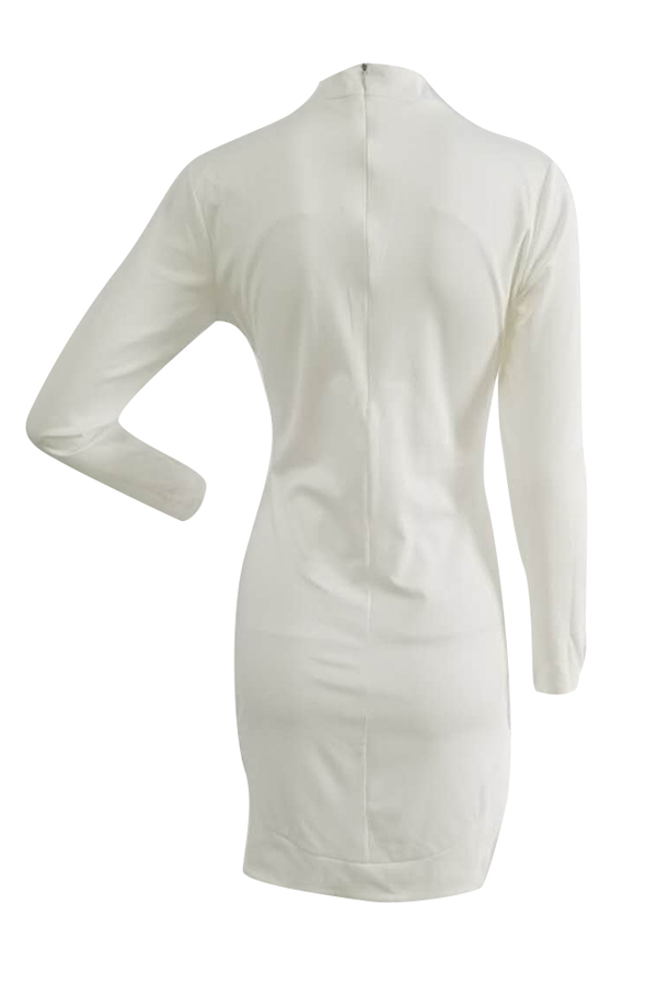 Trendige Rundhalsausschnitt Lange Ärmel Aushöhlen Weiß Gesund Stoffscheide Minikleid