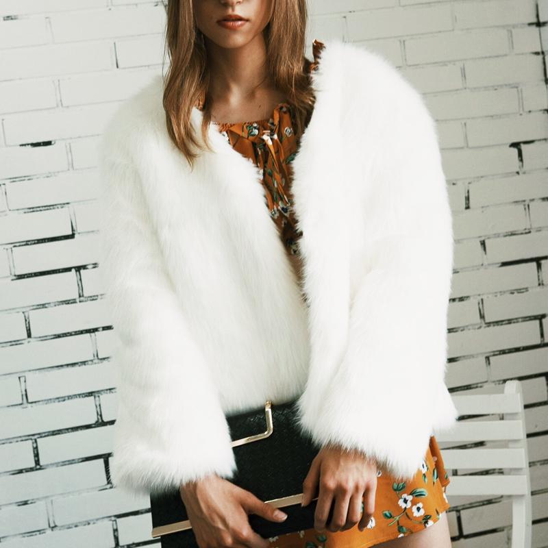 Trendy V Neck Long Sleeves Fur Design White Short Coat