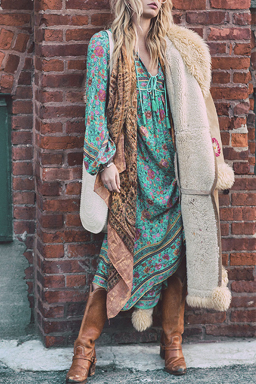 Bel Vestito Bohemian Con Scollo A V Irregolare Con Motivo Floreale Stampato In Poliestere Verde