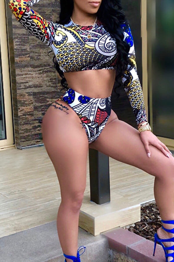 Lovely Fashion Round Neck Long Sleeves Printing Black Polyester Two-piece Swimwears