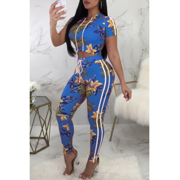 Lovely Casual Hooded Collar Floral Printed Blue Polyester Two-Piece Pants Set