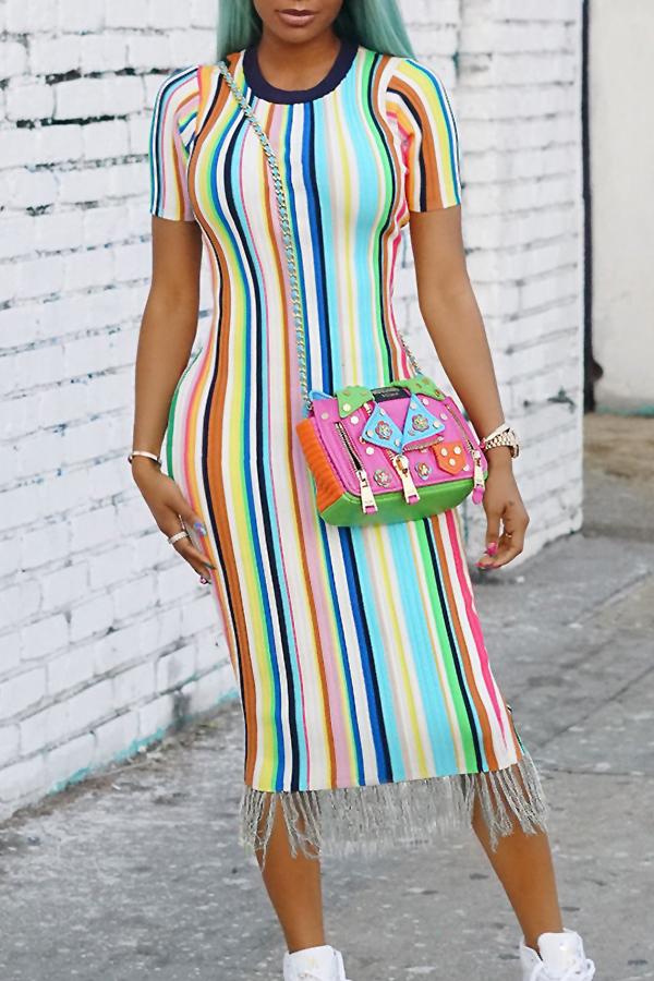 Borlas De Franja Em Torno Do Pescoço Lindo Na Moda Listrado Impresso Misturando Meados Bezerro Vestido