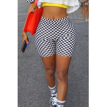 Lovely  Plaid Elastic Waist High Regular Shorts