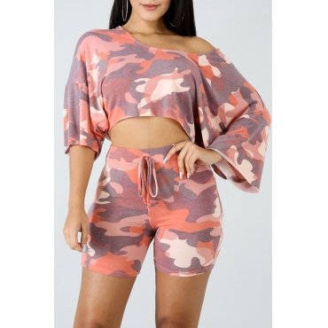 LovelyFashion Round Neck Camouflage Printed Pink Polyester Two-piece Shorts Set