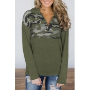 Lovely Casual Camouflage Patchwork Green Hoodies