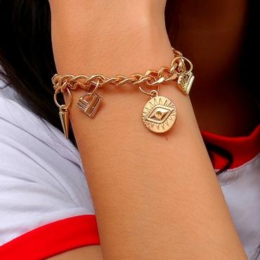 Lovely Euramerican Eye Shape Gold Alloy Bracelet