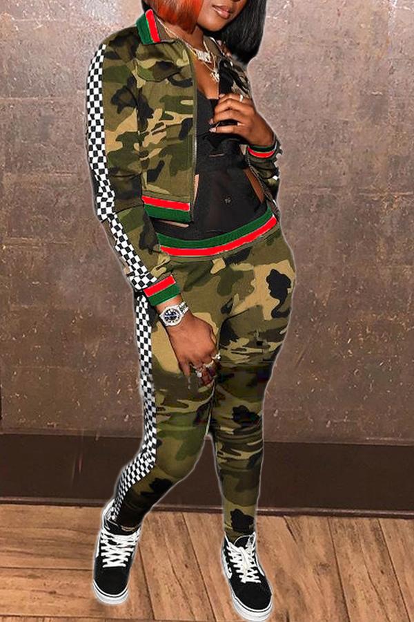 Precioso Conjunto De Pantalones De Dos Piezas De Camuflaje Con Estampado Deportivo En Verde Militar.