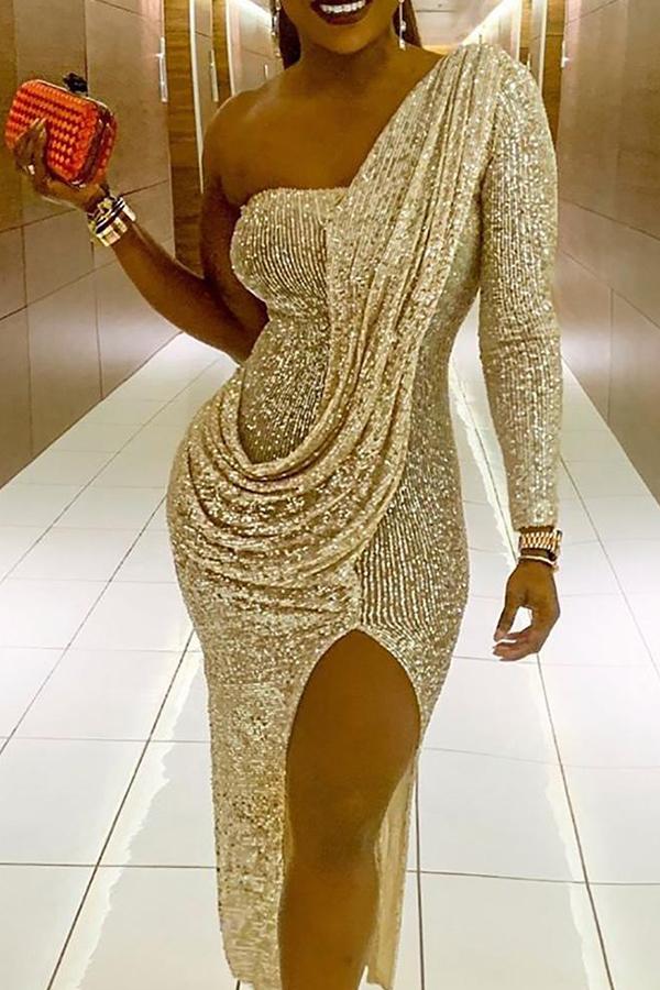 Vestido De Lado Encantador Hermosa Mitad De La Raja Media Pantorrilla