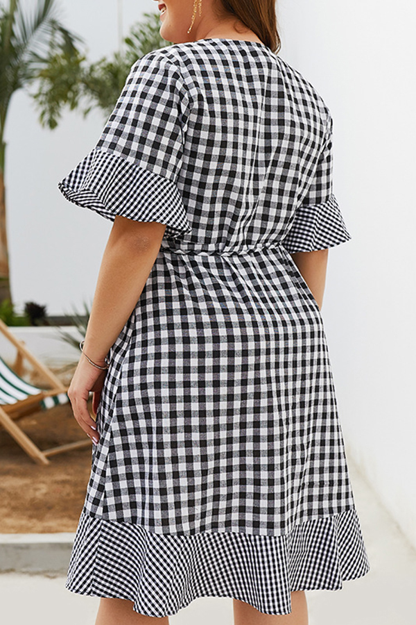Lovely Plus-size Grid Printed Black And White Mini Dress
