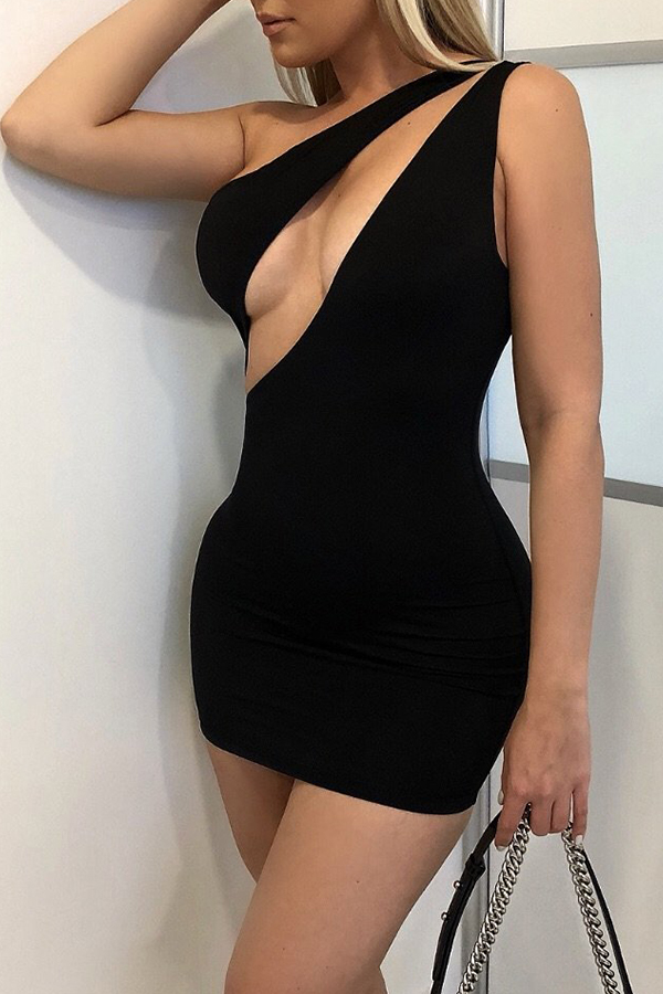 Lovely Sexy One Shoulder Black Mini Dress