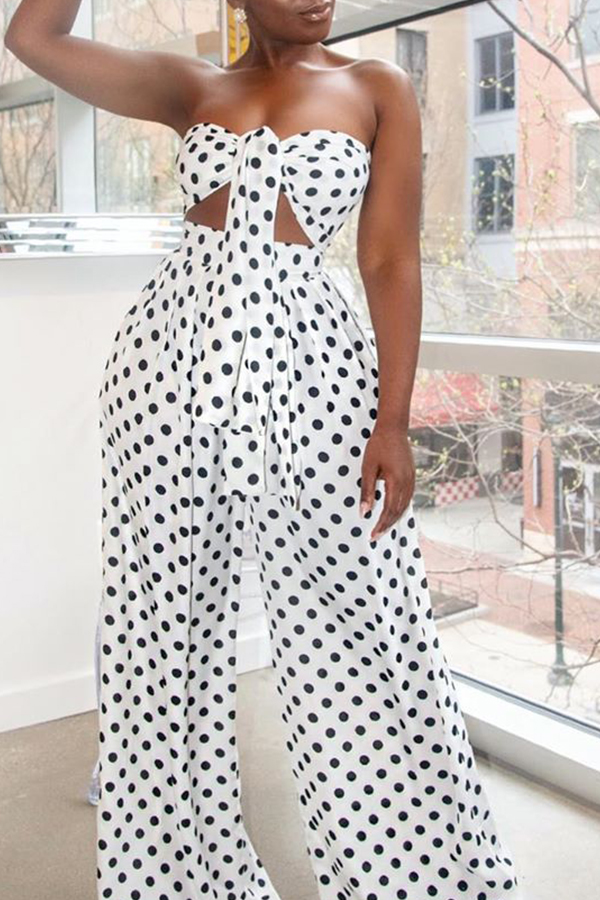 Lovely Stylish Off The Shoulder Dot Printed White Two-piece Pants Set