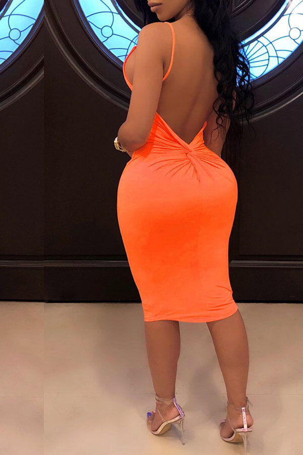 Lovely Sexy Backless Orange Knee Length Dress(With Elastic)