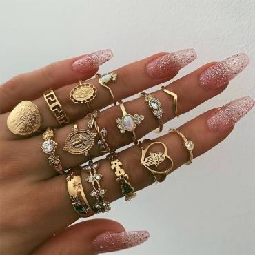 Lovely Fashion Rhinestone Decoration Gold Metal Ring