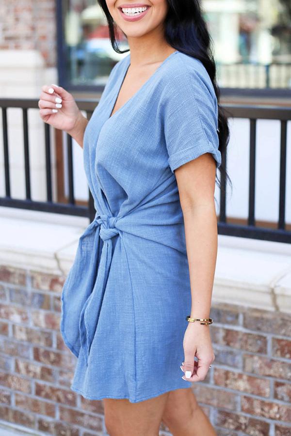Lovely Casual V Neck Asymmetrical Knot Design Blue Mini Dress