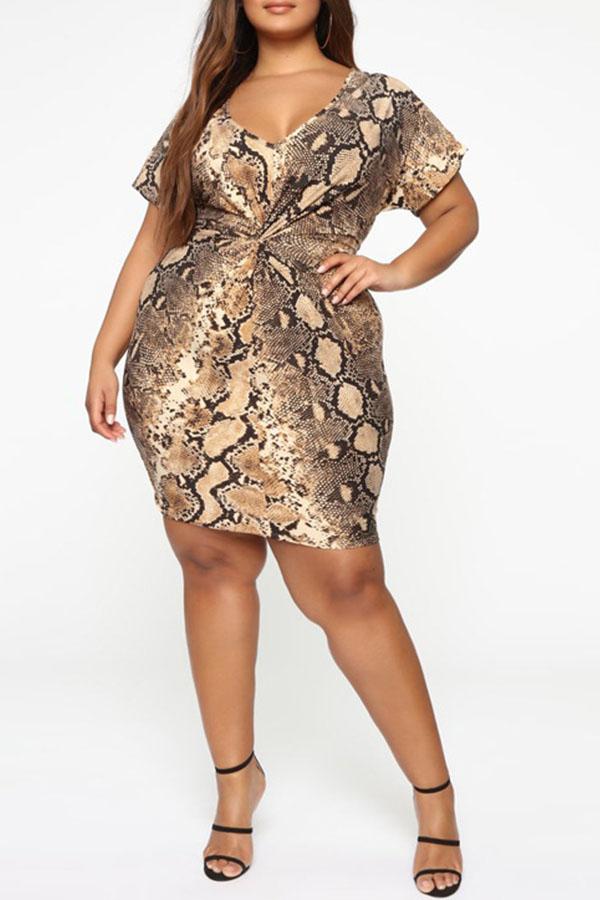 Lovely Casual V Neck Snakeskin Pattern Printed Knee Length Plus Size Dress