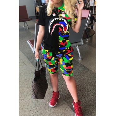Lovely Leisure Camouflage Printed Patchwork Multicolor Two-piece Shorts Set