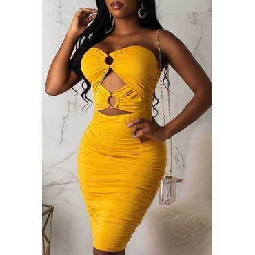 Lovely Sexy Off The Shoulder Hollow-out Yellow Knee Length Dress