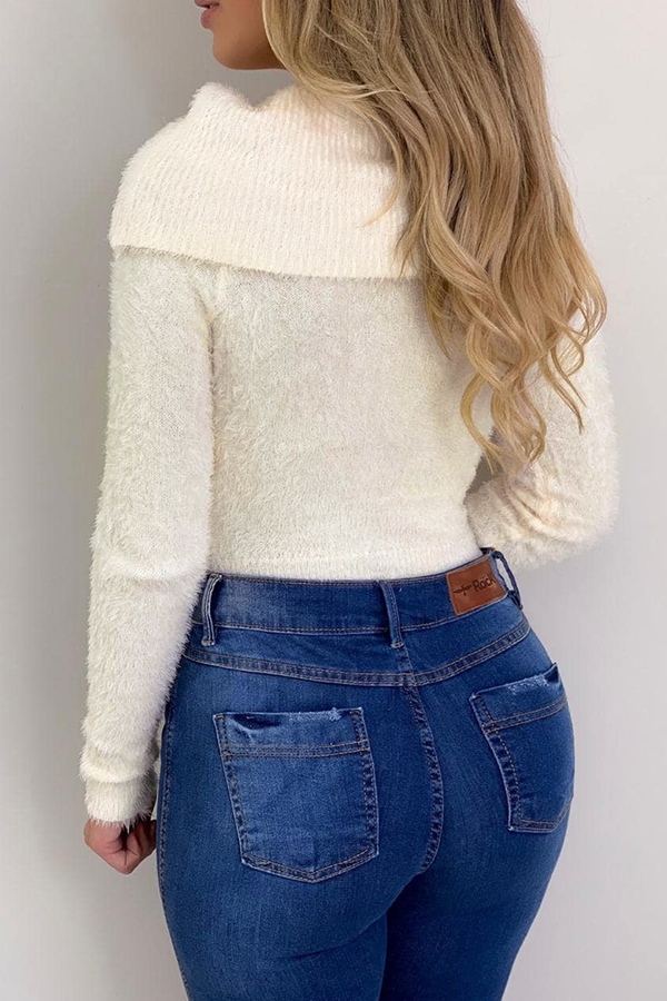 Lovely Casual Skinny White Sweater
