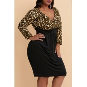 Lovely Casual Skinny Leopard Printed Knee Length P