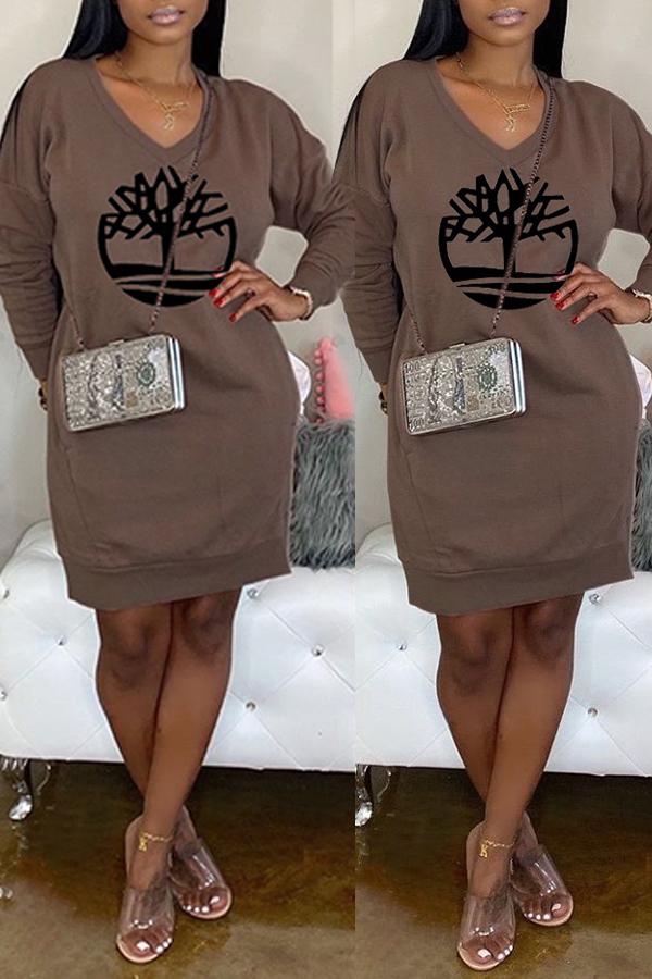Lovely Casual V Neck Printed Brown Knee Length Dress
