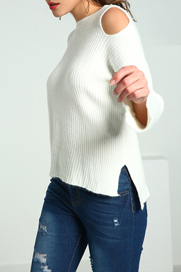 Lovely Casual Dew Shoulder White Knitting Sweaters