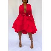 Lovely Sweet V Neck Flounce Design Red Knee Length
