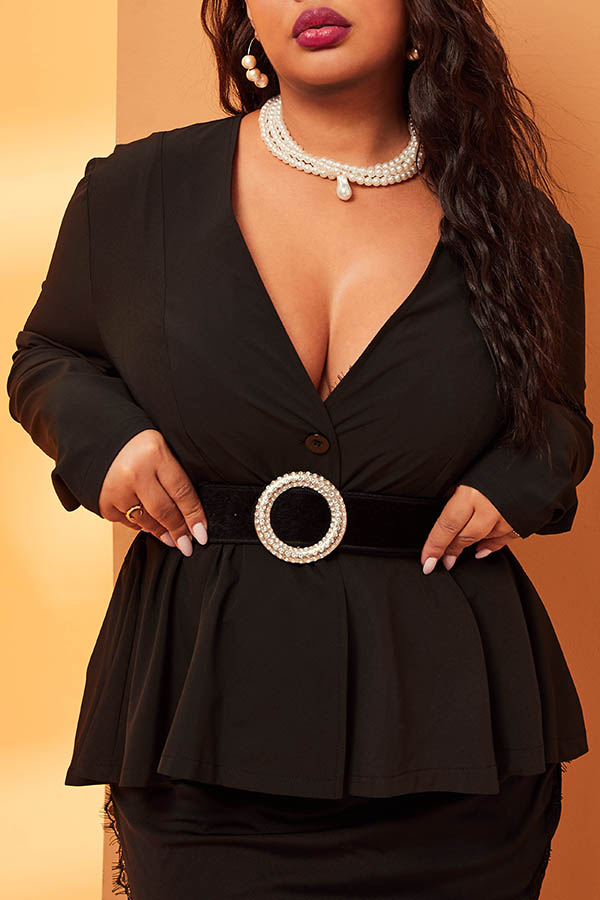 Lovely Leisure Deep V Neck Black Plus Size Blazer
