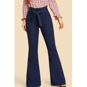 Lovely Leisure Basic Blue Jeans