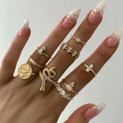 Lovely Vintage 9-piece Gold Alloy Ring