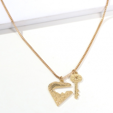 Lovely Sweet Gold Alloy Necklace