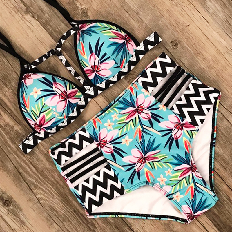 Lovely Hollow-out Print Green Two-piece Swimsuit