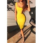 Lovely Casual Sleeveless Basic Yellow Knee Length