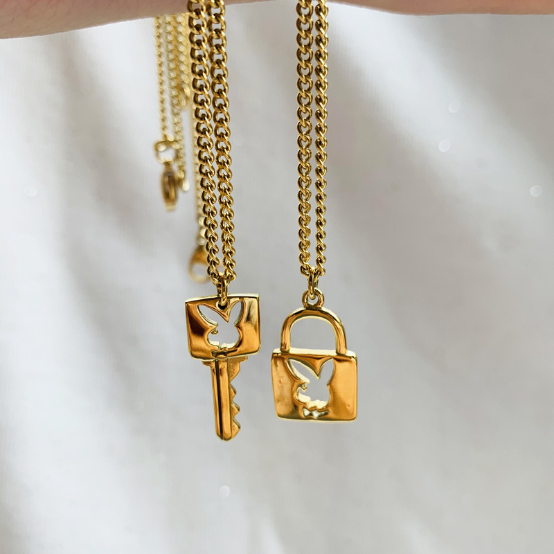 Lovely Trendy lock Gold Necklace