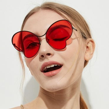 Lovely Chic Red Sunglasses