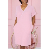 Lovely Casual Pocket Patched Pink Knee Length T-sh