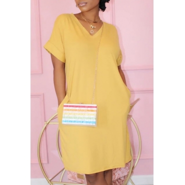 Lovely Casual Pocket Patched Yellow Knee Length T-shirt Dress