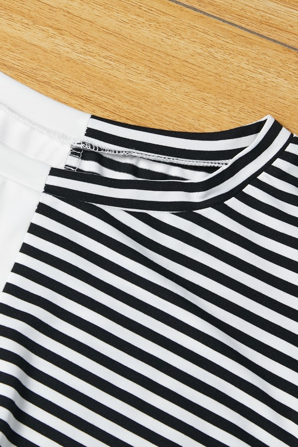 Lovely Casual Striped Patchwork Black And White T-shirt