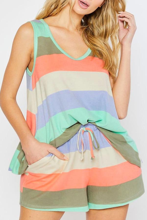 lovely Casual Rainbow Striped Multicolor Plus Size Sleepwear