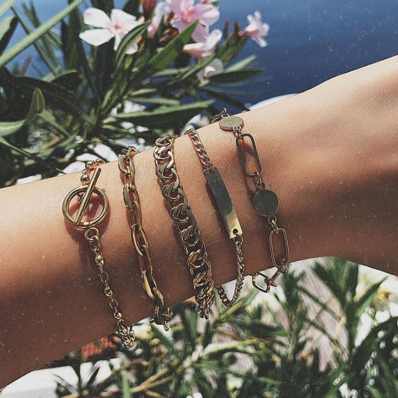 Lovely Trendy Hollow-out Gold Bracelet фото