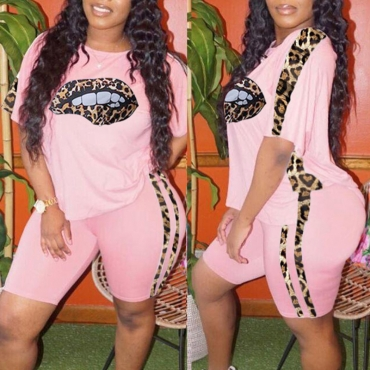 Lovely Street Lip Print Pink Plus Size Two-piece Shorts Set