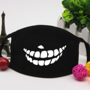 lovely Print Pitch-black Face Mask