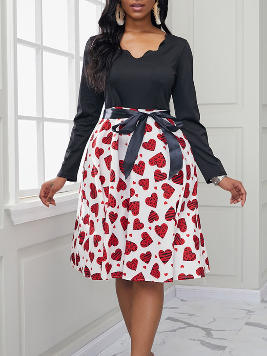 Lovely Casual V Neck Print Patchwork White Knee Length Dress фото