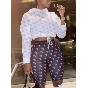 lovely Casual Hooded Collar Moon Print White Two Piece Shorts Set